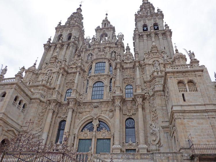 0サンチャゴ・デ・コンポステーラ 大聖堂700