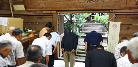 神殿礼拝1