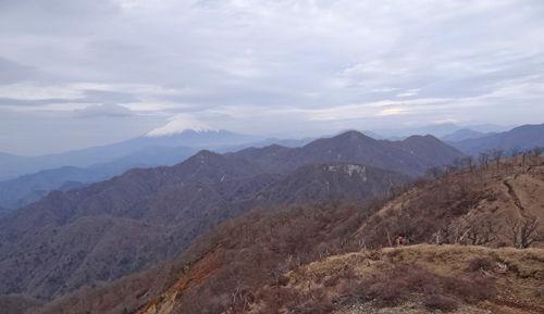0山の向こうに富士山500