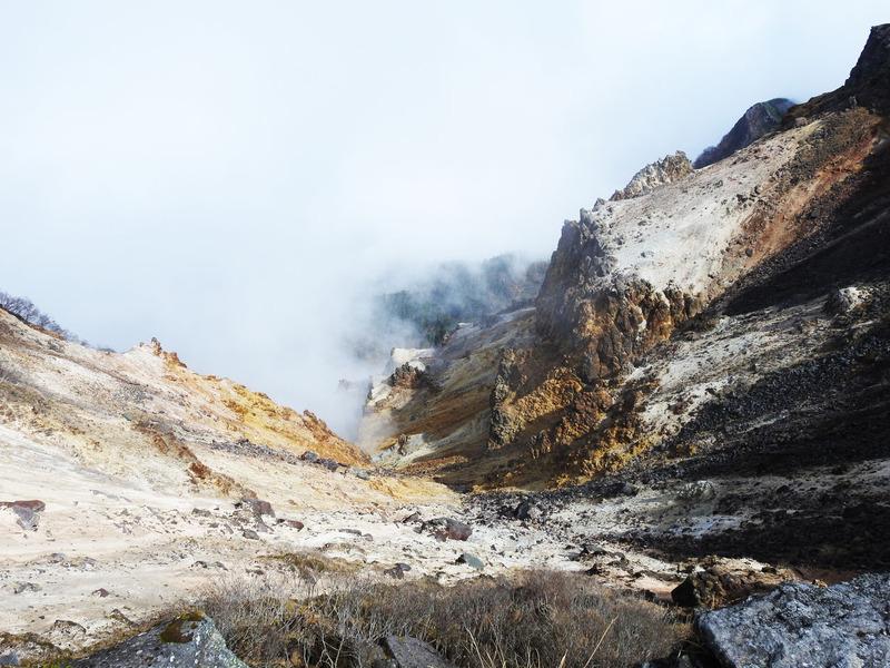 0硫黄岳爆裂火口