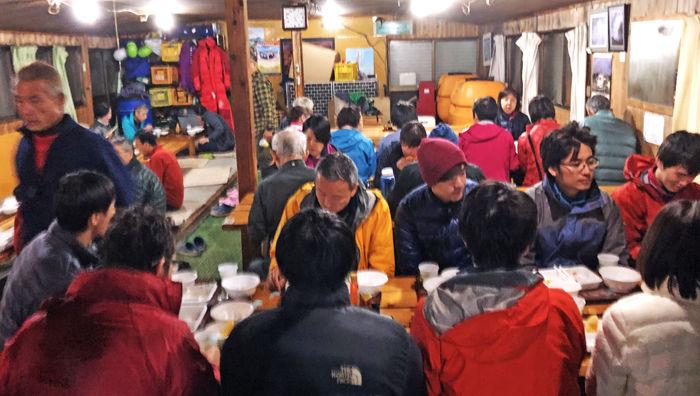 0赤岳食事風景700
