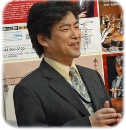 指揮者須藤_250