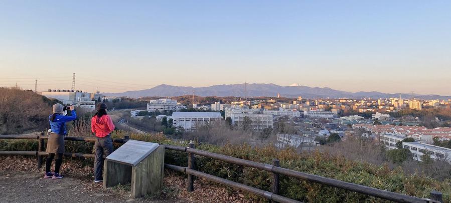 0広場から富士山を望む1900