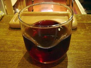 「立ち飲み処 ○」ワイン