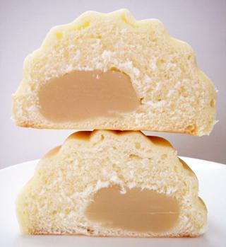 白あん入りメロンパン