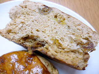「カスカード」のパン