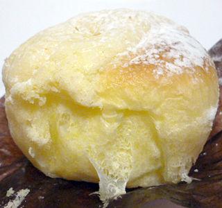 「FREDS」のパン