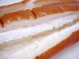 サンドロール<山形産白桃&ホイップ>