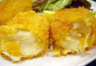 「ペコリーノ」鮭のクリームコロッケ