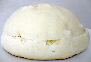 白いチョコメロンパン