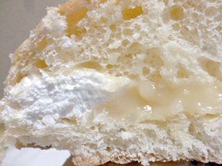 生ミルキークリームメロンパン