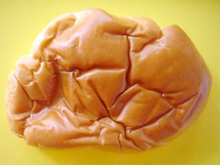 ヤマザキ高級パンシリーズ クリームパン