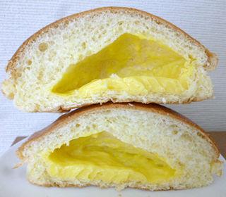 スイートカスタードクリームパン