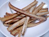黒豆と枝豆のキッシュ ごぼうフライ