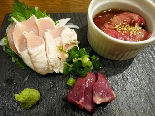 刺身も焼きも。美味しい鶏料理をカジュアルリーズナブルに!「陽の鶏」@大阪石橋