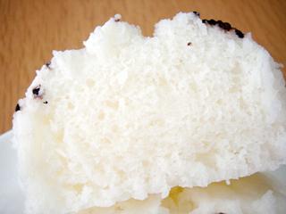 ふんわり、もっちりお米入りむしぱん