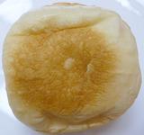 薄皮<ネクターミックスクリームパン>