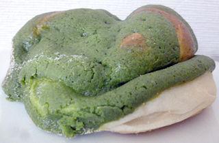 「いかりスーパー」のパン