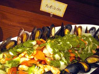 「SAGRA MARBLE TRE」海の幸サラダ