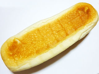 牛乳パン<淡路島牛乳>