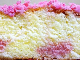 ストロベリーチーズの春色ケーキ