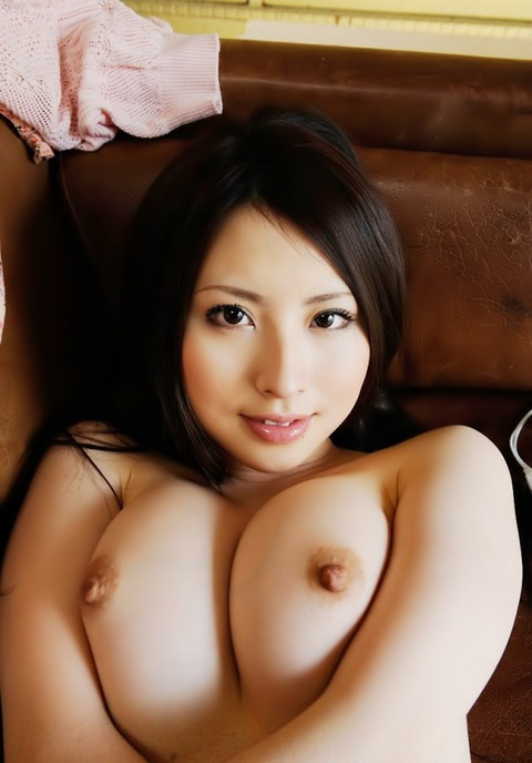 キレイなお姉さんのおっぱい・美乳・巨乳画像32