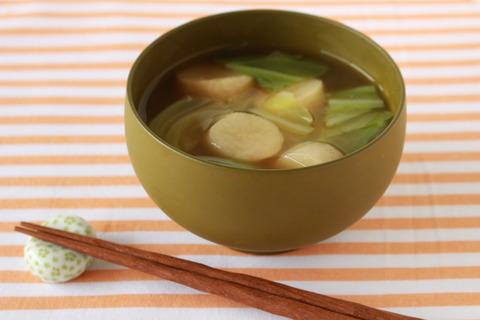 麩とキャベツのみそ汁 (3)