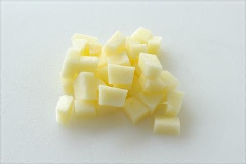 離乳食 りんごの切り方 (4)_R