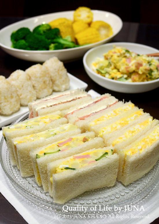サンドイッチやおにぎりの夜食風晩ご飯