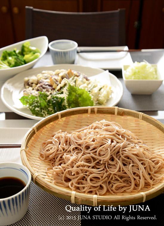 天ぷら&おそばのお昼ご飯と、梅干しの完成