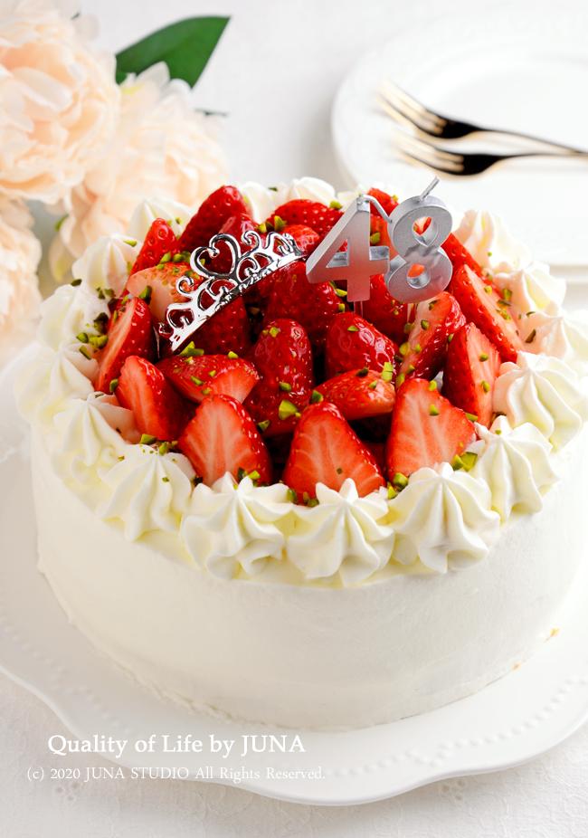 JUNA夫さんの誕生日ケーキ~紅ほっぺいっぱいのショートケーキ~