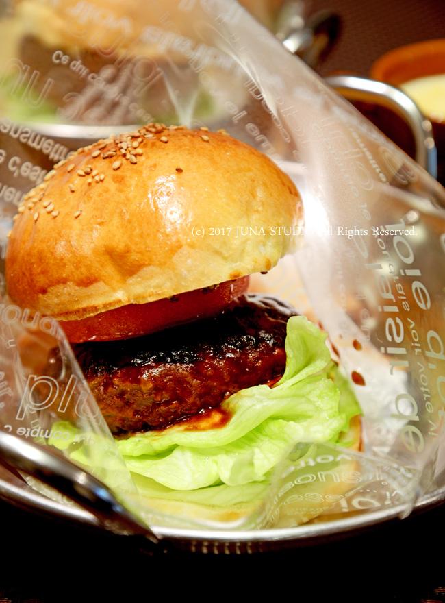 手作りバンズでハンバーガー(合いびき、牛100%2種) からのハンバーグ弁当