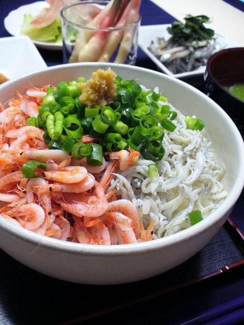 しらすと桜えびで、ザ☆駿河丼