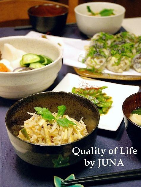 山菜入り炊き込みご飯と蓮根の天ぷらのおいしい食べ方