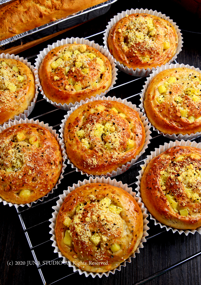 チーズ&くるみのうずまきパン(ふっかふか~でおいしいよっ♪)