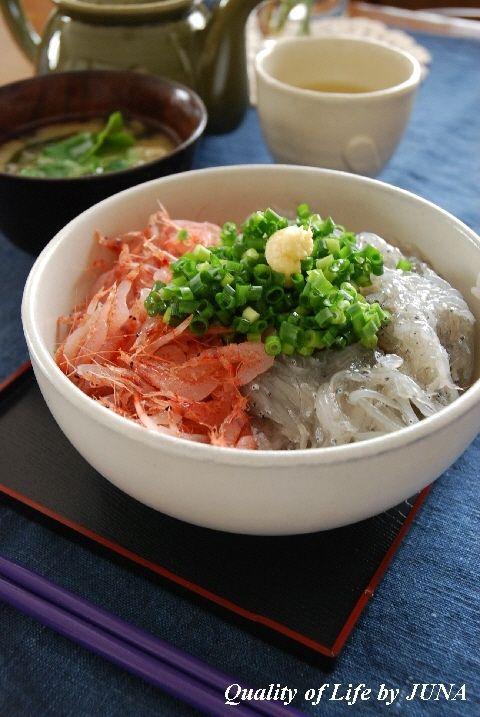 朝食に☆生じらすと桜えびの新鮮丼