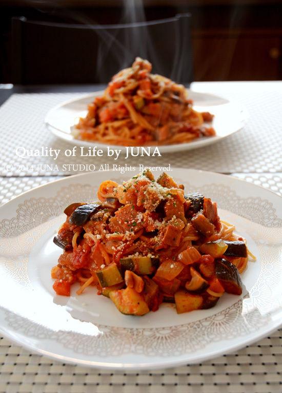 昨日のトマト野菜のソースでパスタ