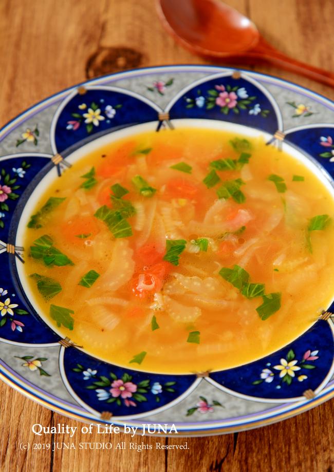 静岡県産「セルリー」でバターセルリー&トマトのスープ/セロリとブロッコリーの下ごしらえ&ブロッコリーのおすすめの冷凍の仕方