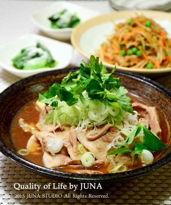 豚バラと焼き豆腐の煮込み