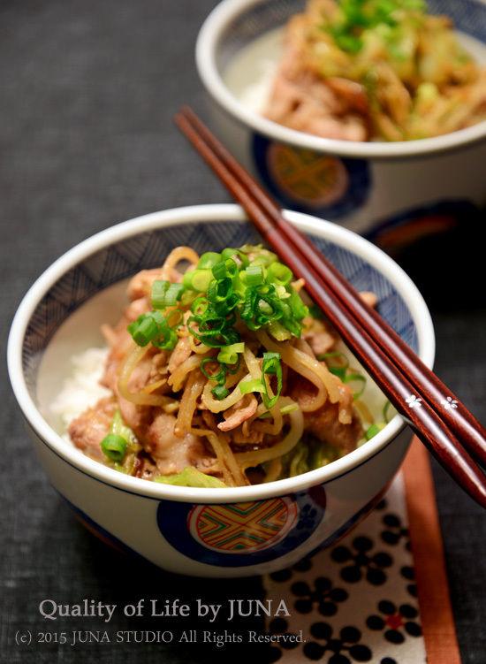 キャベツ&もやし&豚肉の簡単みそ風味丼