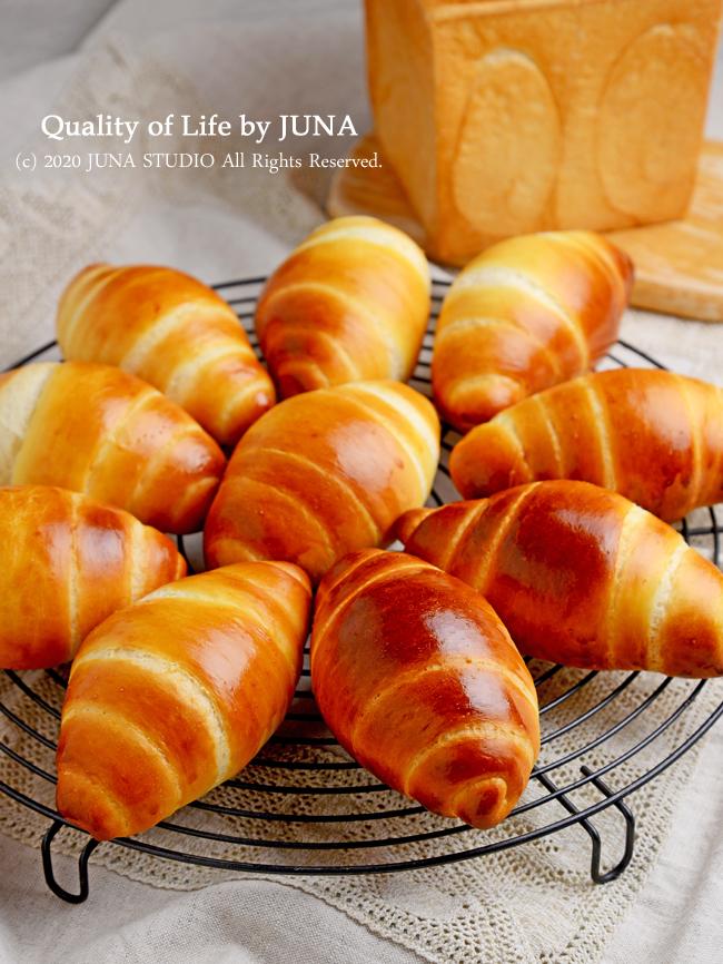 ロールパンと生クリーム食パンを作ってサンドイッチに