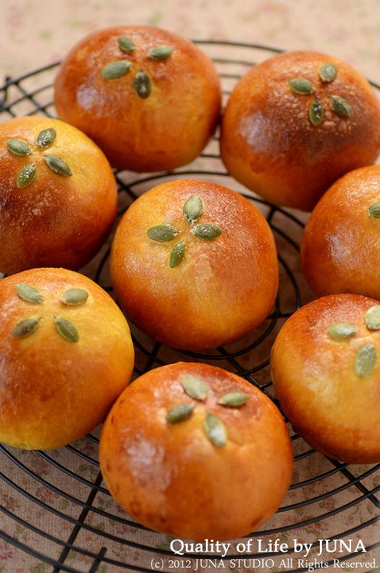 かぼちゃのまんまるパン♪