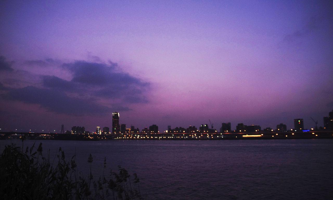 台北忠孝橋のマジックアワー