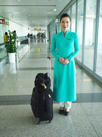 ベトナム航空アテンダントさん04