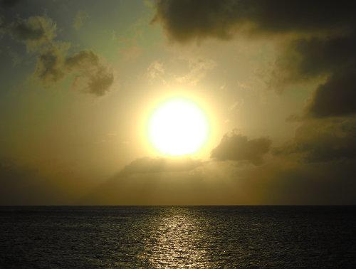 台風前の夕焼け500PA092520