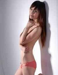 Asian-Model-Xiaoxin_(7)_tn