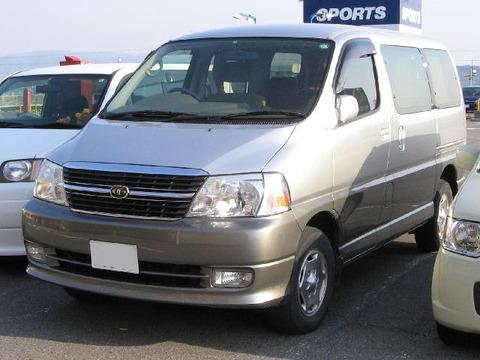 Toyota-granvia_1999-front