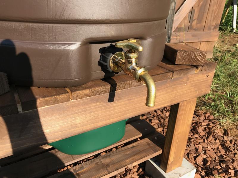 【DIY】物置小屋に雨水タンク設置|その3-蛇口の取付