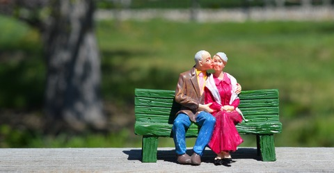 old-couple-2313286_1920