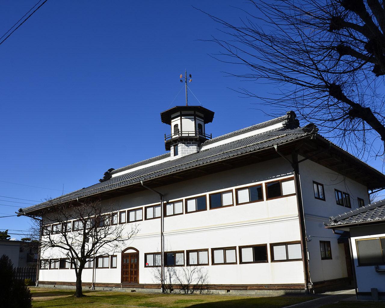 擬洋風建築]旧山辺学校4 : ソラ...